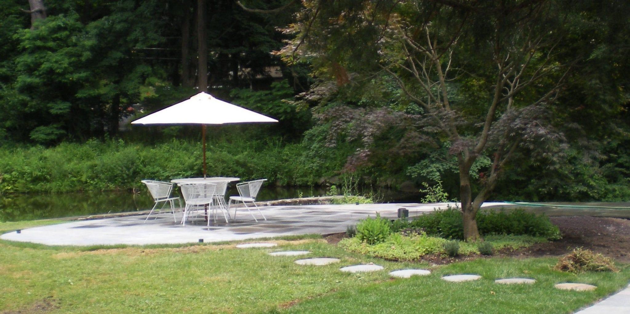 Katonah, NY -Patio & landscaping